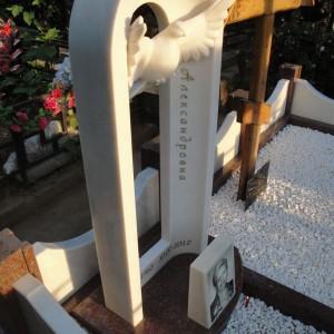 Памятник Мрамор Полоцкий 0000402