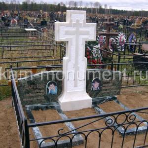 Крест для Надгробного памятника Мрамор полоцкий, змеевик