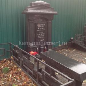 Надгробный памятник 0000424