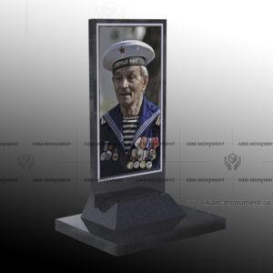 портрет памятник